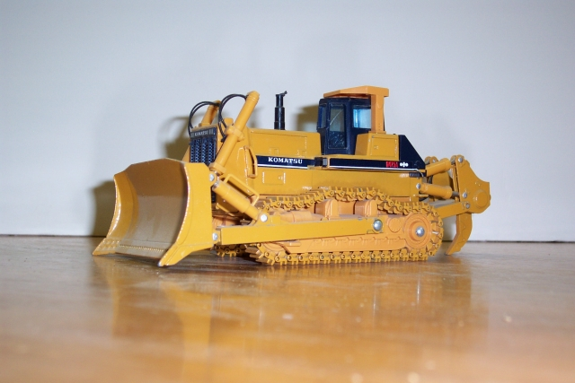 construction models dozers