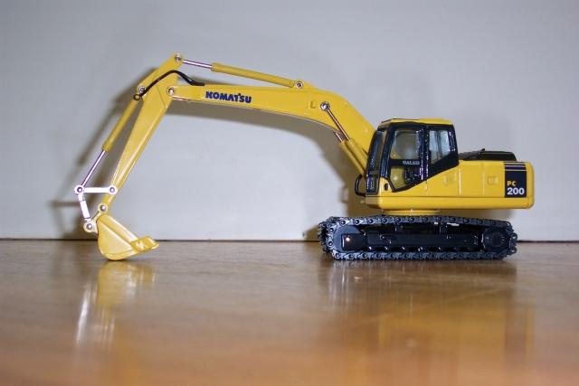 construction models excavators
